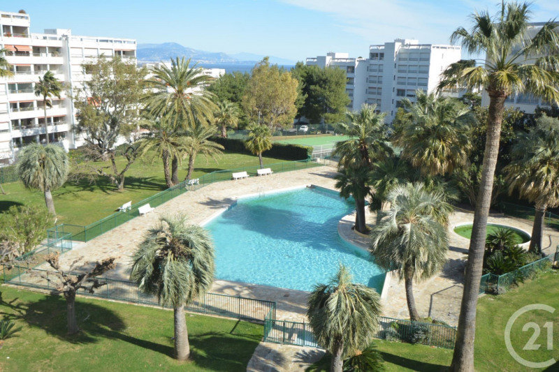 Sale apartment Antibes 233 000€ - Picture 2