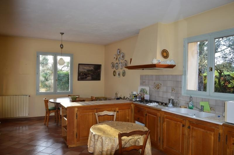 Vente maison / villa Carpentras 378 000€ - Photo 3