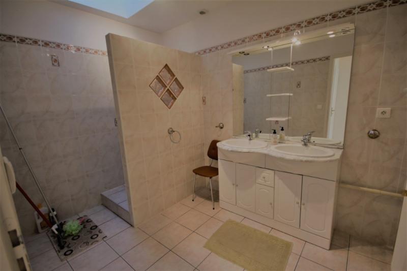 Sale house / villa Saint jean de bournay 218400€ - Picture 4