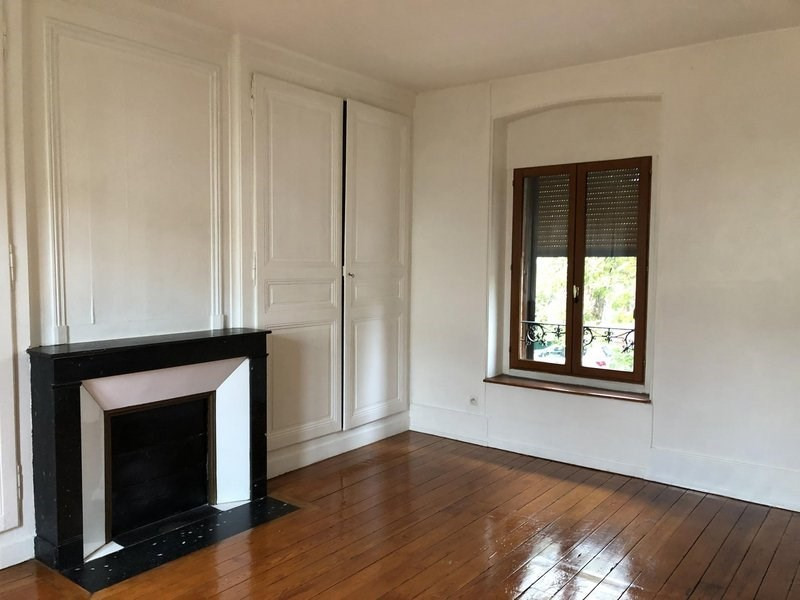 Location appartement Châlons-en-champagne 385€ CC - Photo 2