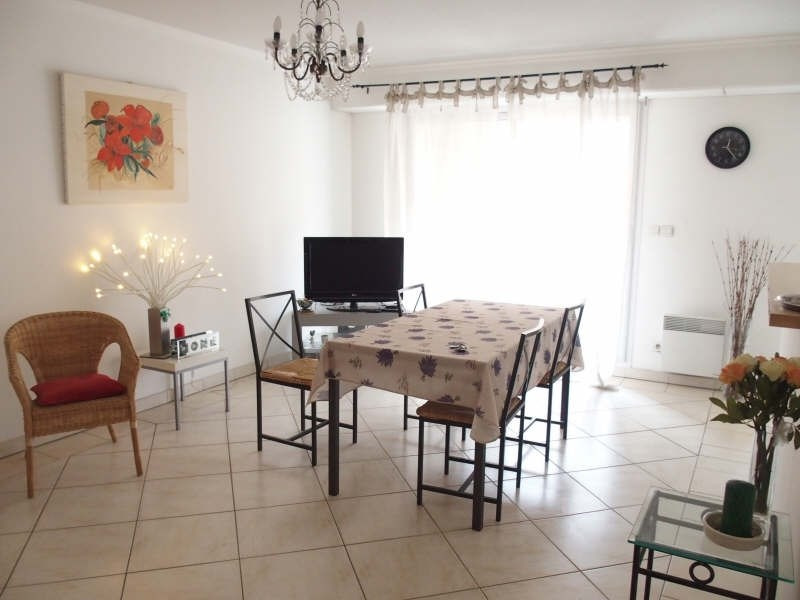 Vente appartement Hyeres 262 000€ - Photo 1