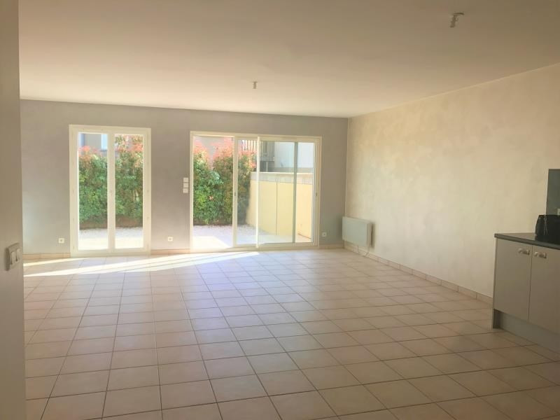 Location maison / villa Peprignan 895€ CC - Photo 1
