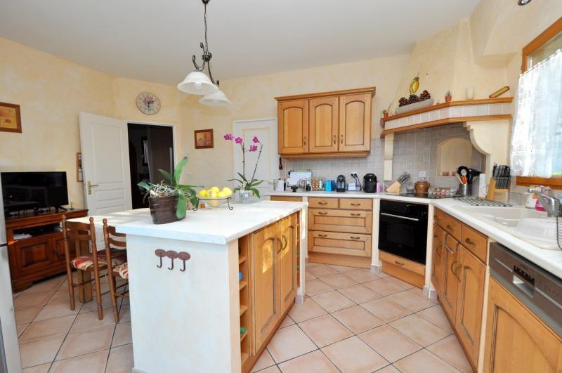 Sale house / villa Forges les bains 543250€ - Picture 9