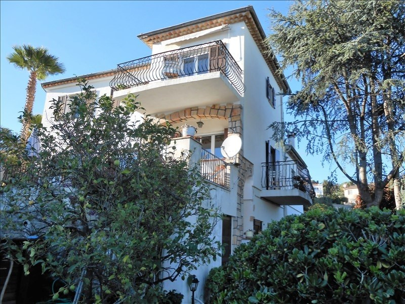 Revenda residencial de prestígio casa Le golfe juan 816200€ - Fotografia 6