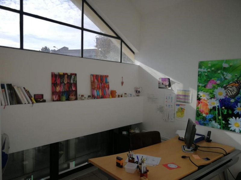 Location bureau Arpajon 1 381€ CC - Photo 2