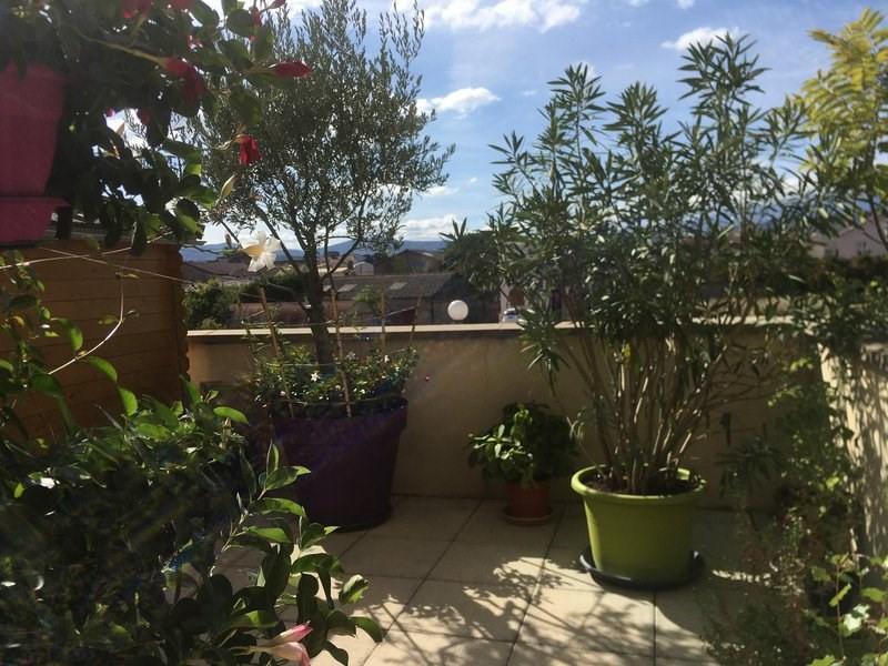 Sale apartment Roussillon 106000€ - Picture 1