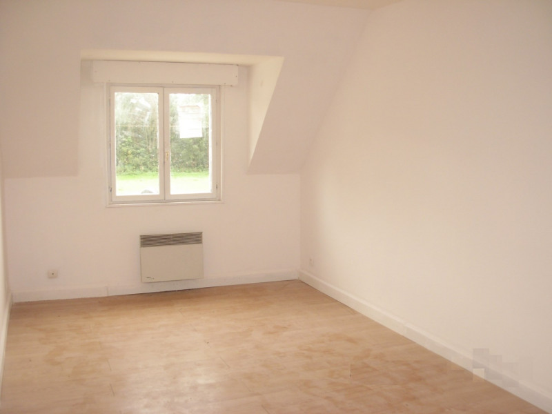 Location maison / villa Bomy 410€ CC - Photo 3
