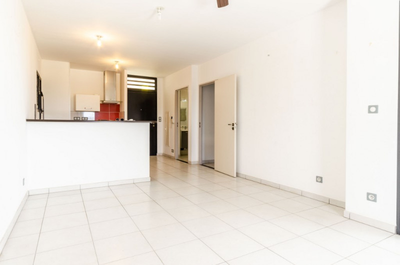Sale apartment Saint pierre 138 000€ - Picture 1