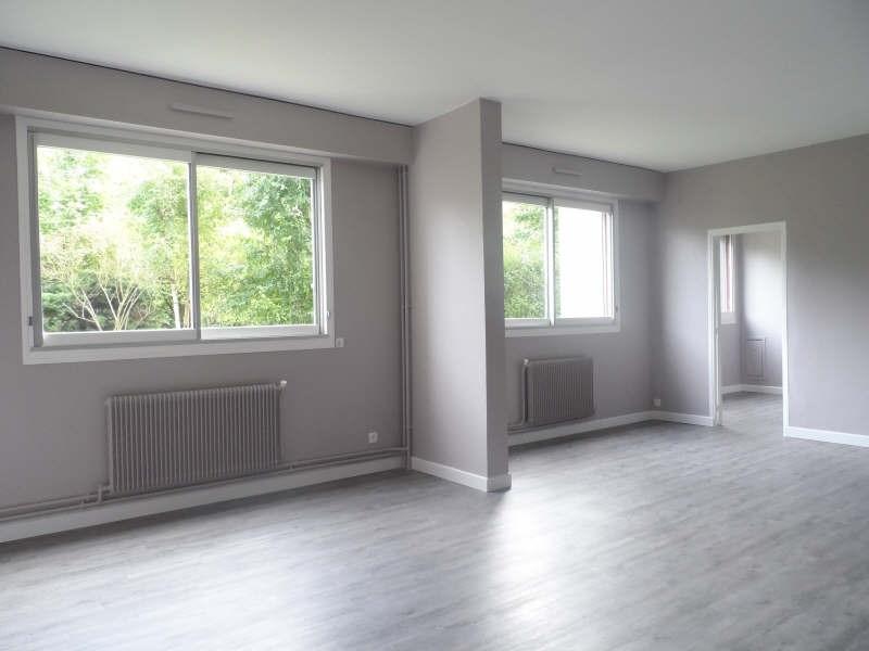 Rental apartment Bievres 995€ CC - Picture 2