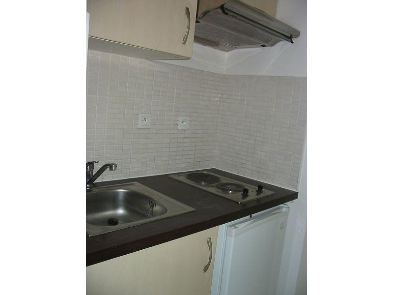 Location appartement St denis 382€ CC - Photo 4