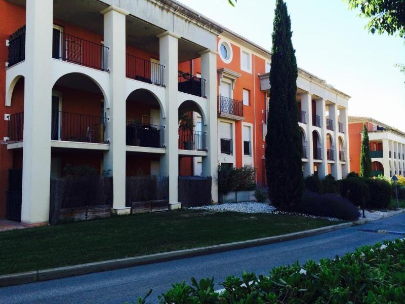 Location appartement Aix en provence 1163€ CC - Photo 2