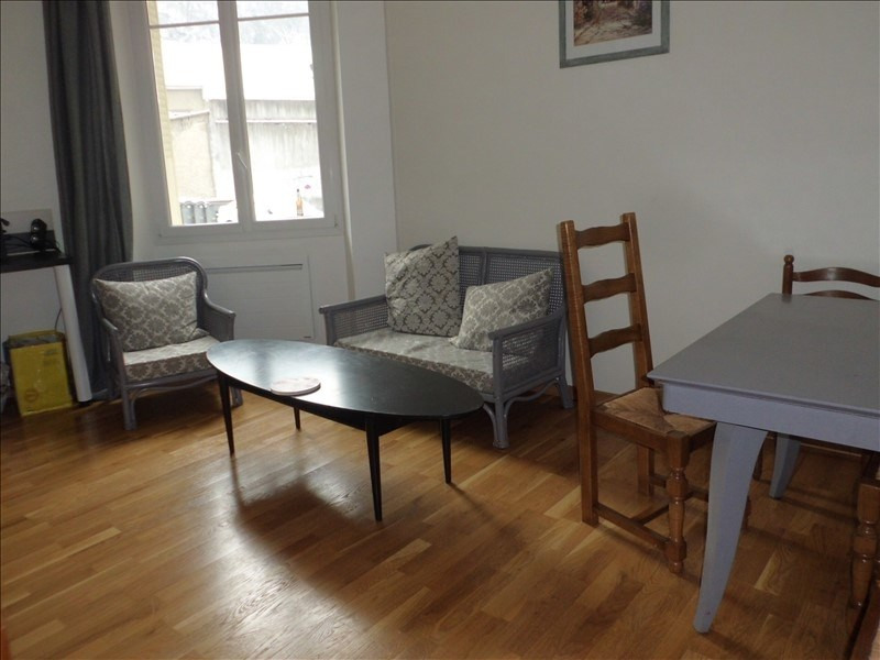 Rental apartment Chambery 664€ CC - Picture 1