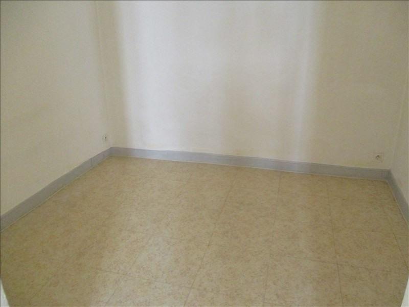 Rental apartment Salon de provence 463€ CC - Picture 4