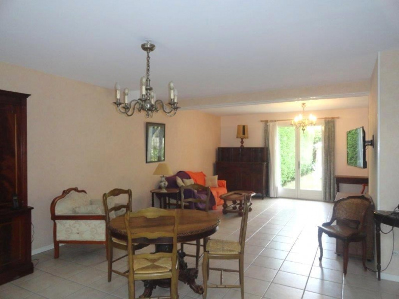 Location maison / villa Feucherolles 1 600€ CC - Photo 4