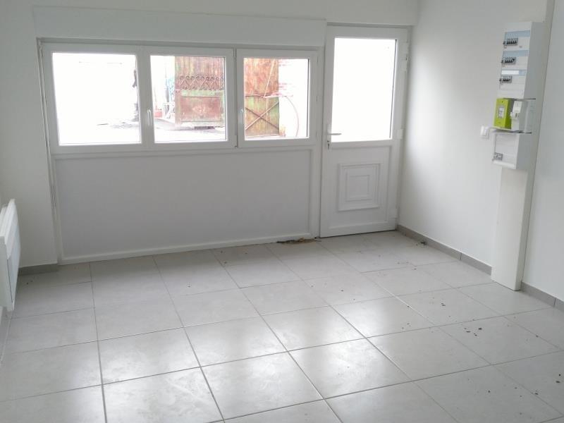 Rental apartment Henonville 690€ CC - Picture 2