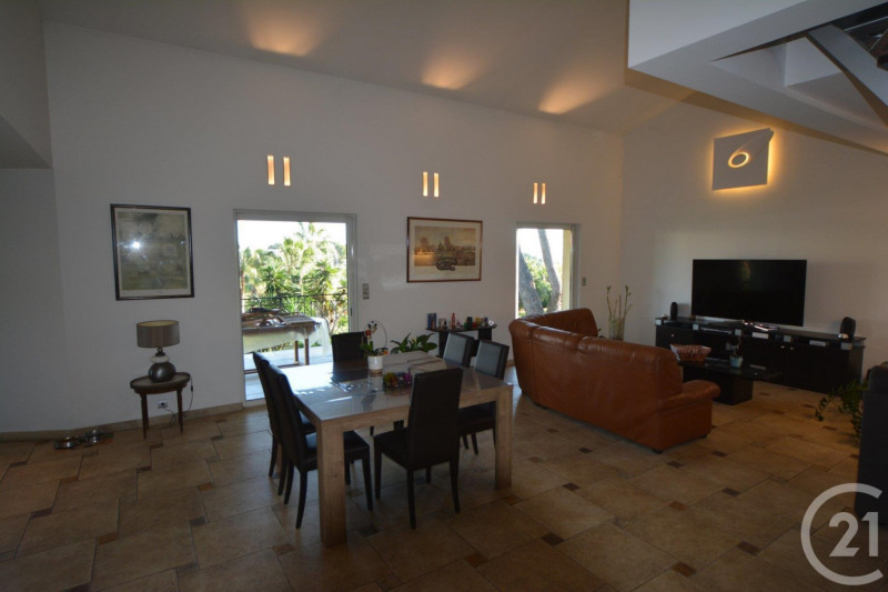 Deluxe sale house / villa Antibes 780 000€ - Picture 3