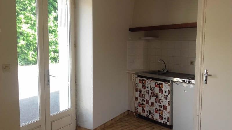 Location appartement Liguge 373€ CC - Photo 2