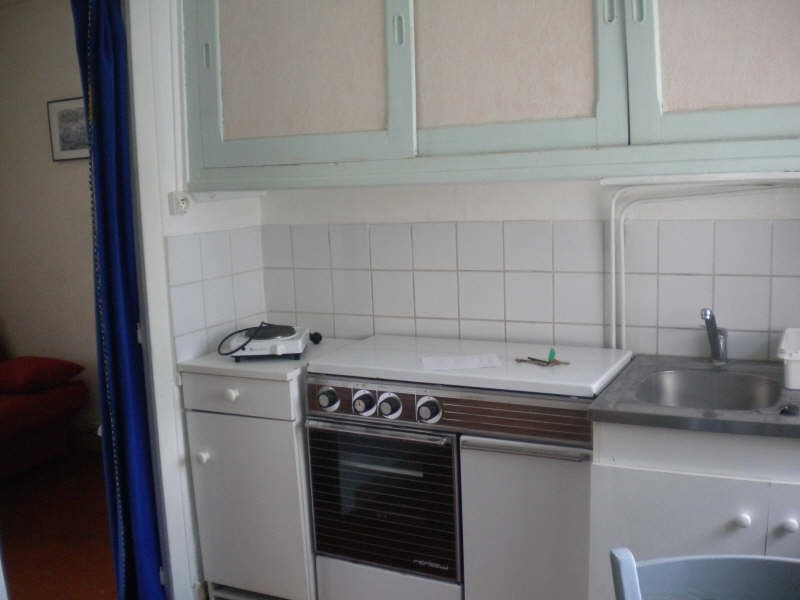 Location appartement Vendome 270€ CC - Photo 2