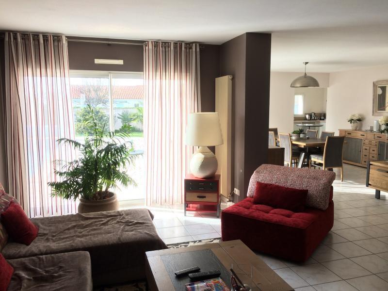 Deluxe sale house / villa Chateau d'olonne 643000€ - Picture 3