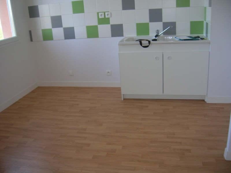 Location appartement Niort 565€ CC - Photo 2