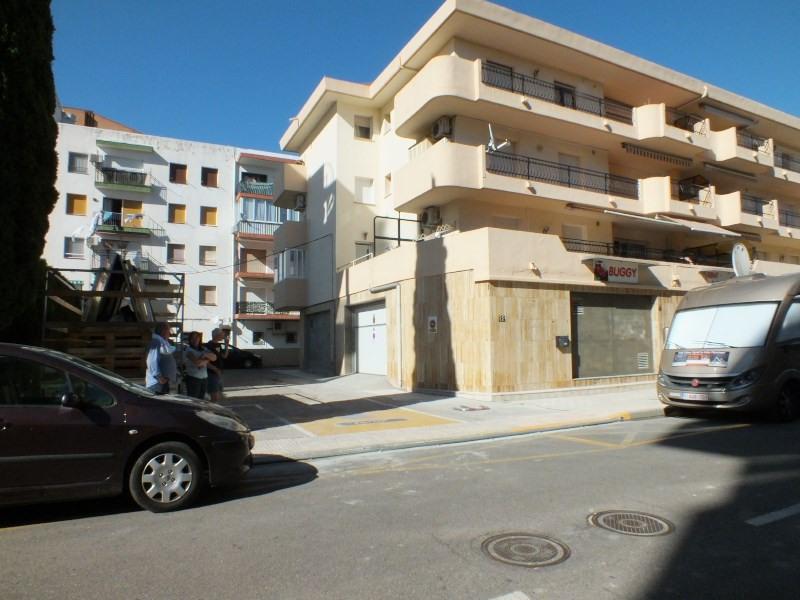 Sale parking spaces Roses-santa margarita 230000€ - Picture 1