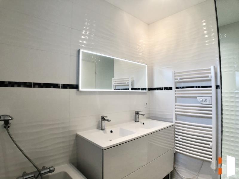 Sale house / villa St genes de fronsac 546000€ - Picture 9
