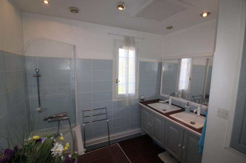 Vendita casa Hyeres 390000€ - Fotografia 10