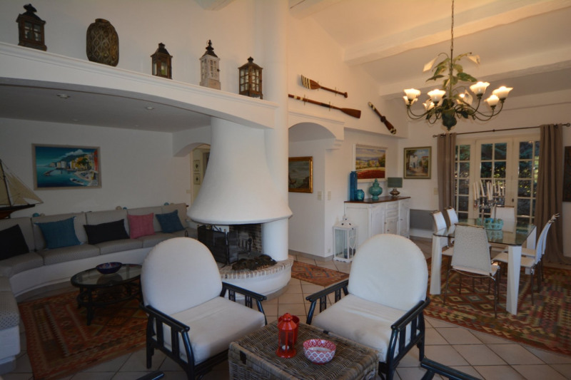 Deluxe sale house / villa Antibes 895000€ - Picture 5