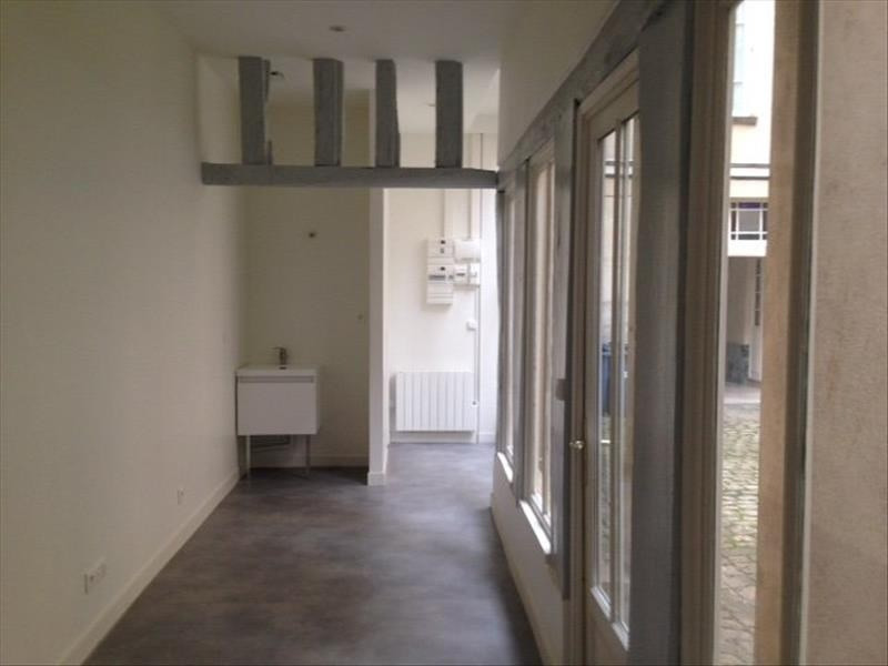 Rental office Versailles 800€ HT/HC - Picture 1