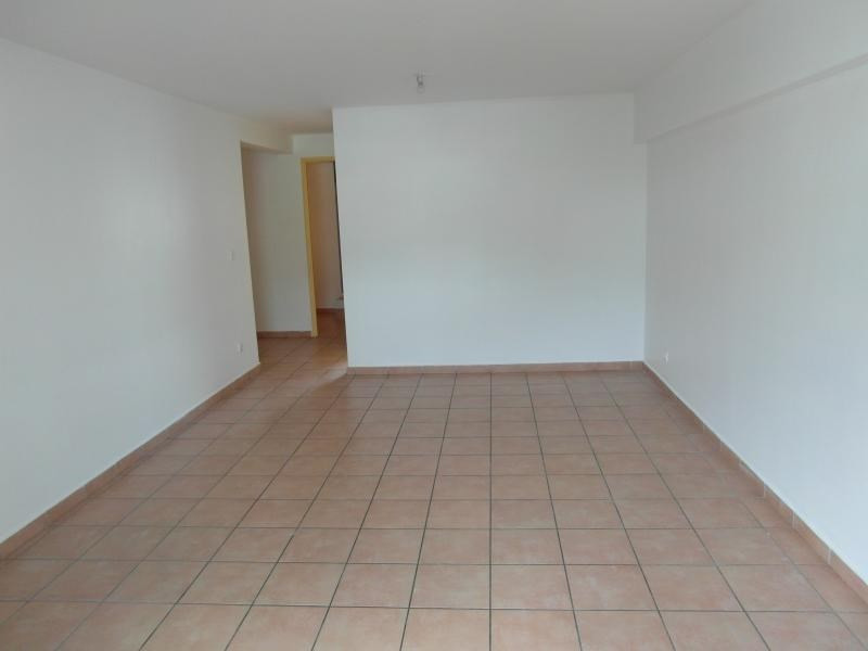 Vente appartement Ste clotilde 111 000€ - Photo 2