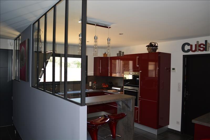 Sale house / villa Ferrieres 524000€ - Picture 4