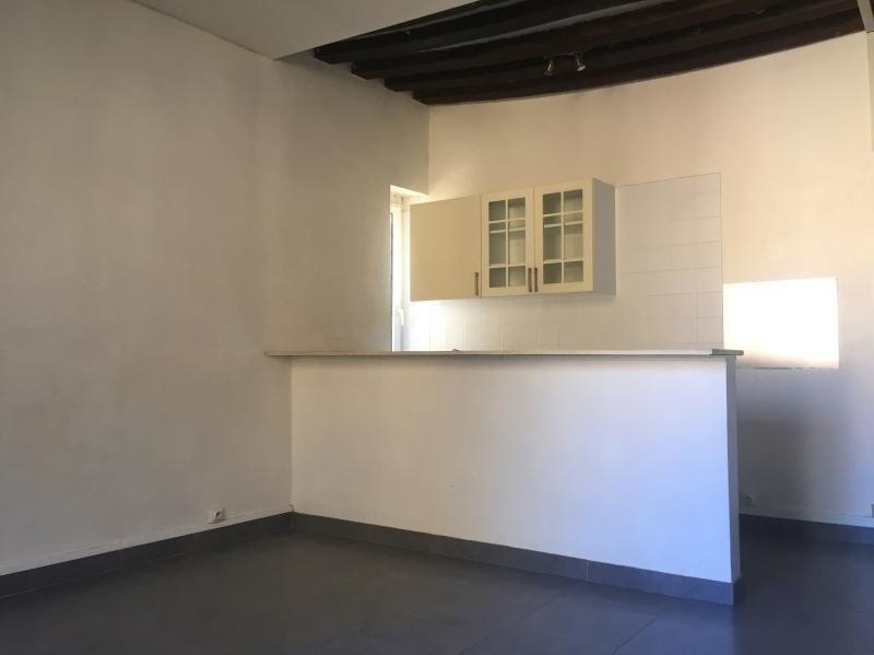 Sale apartment St maur des fosses 160900€ - Picture 1