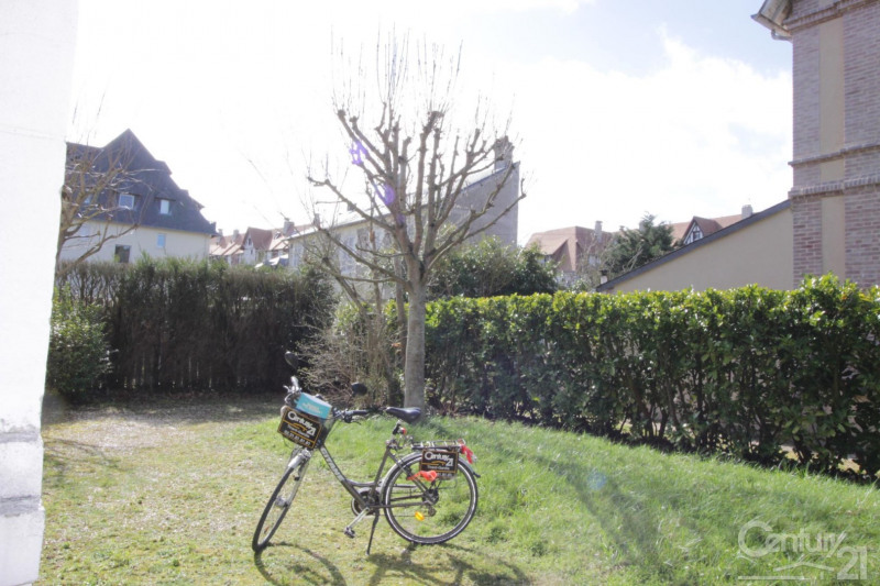 Revenda residencial de prestígio casa Deauville 650000€ - Fotografia 3