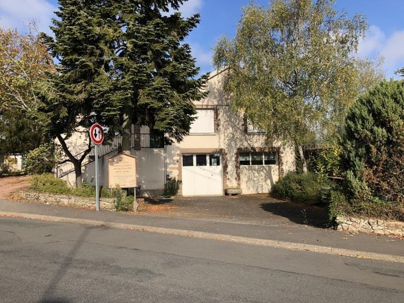 Vente maison / villa Roussay 153900€ - Photo 2
