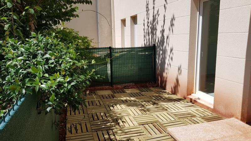 Sale apartment Le luc 120000€ - Picture 1