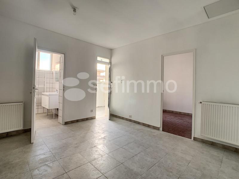 Location maison / villa Marseille 16ème 550€ +CH - Photo 3