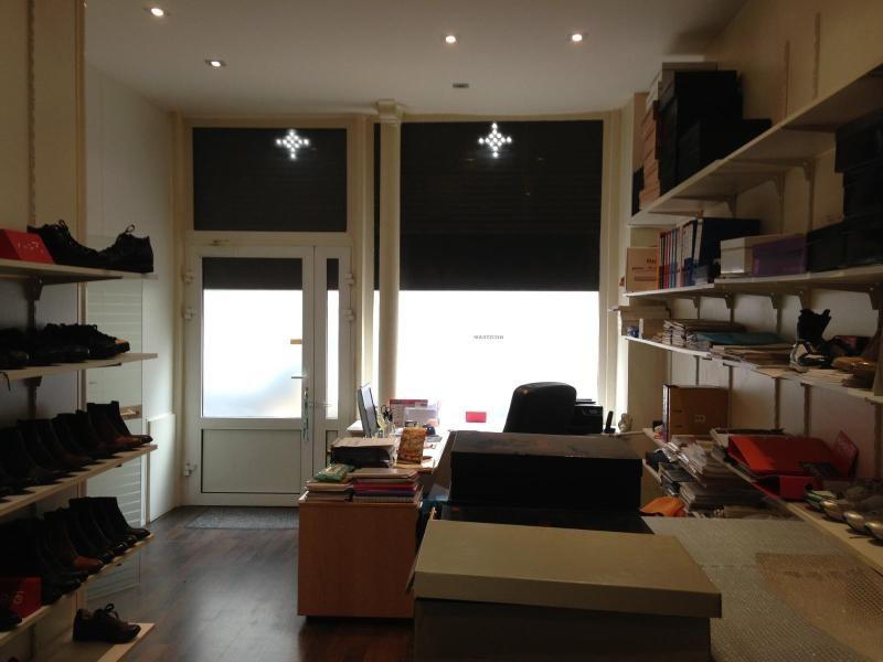 Location boutique Paris 11ème 2230€ CC - Photo 2