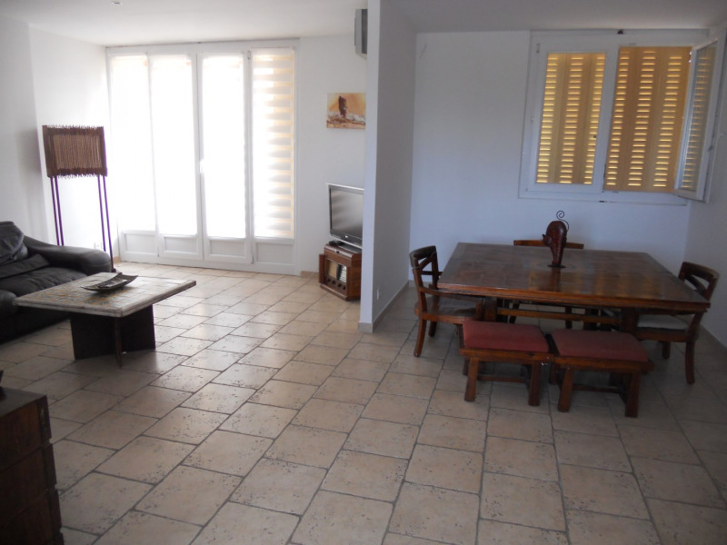 Location appartement Fréjus 850€ CC - Photo 2