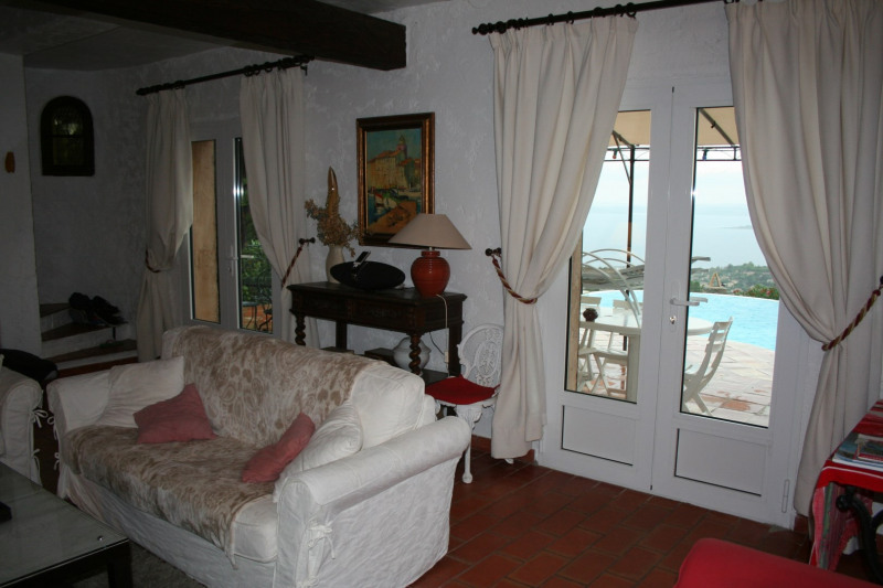 Vacation rental house / villa Les issambres 2 750€ - Picture 12