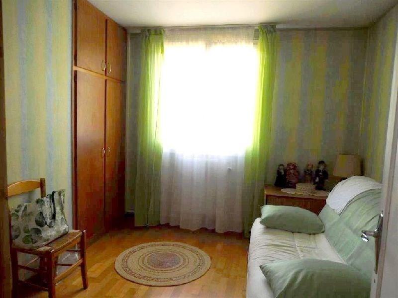 Vendita appartamento Ste genevieve des bois 119900€ - Fotografia 6