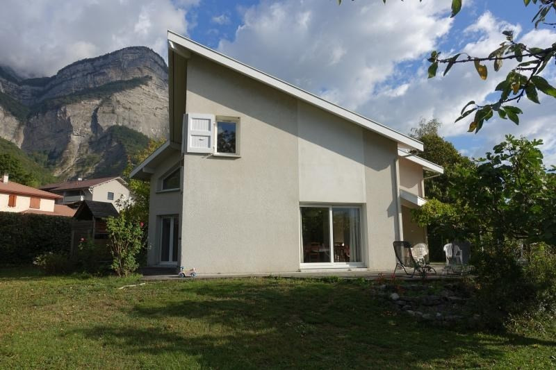 Vente maison / villa Crolles 550 000€ - Photo 2