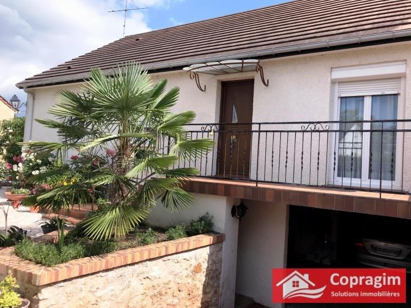 Sale house / villa Montereau fault yonne 255000€ - Picture 1