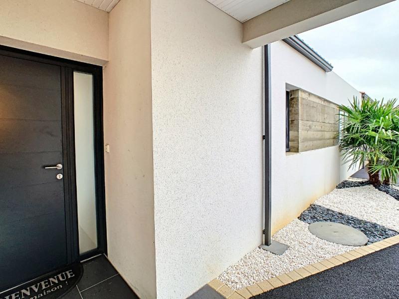 Deluxe sale house / villa Saint gilles croix de vie 585000€ - Picture 1