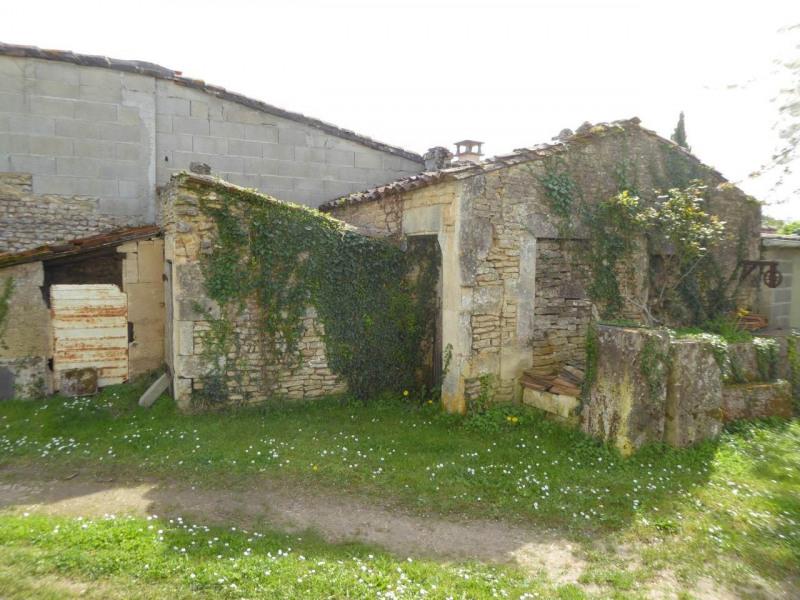 Sale house / villa Cherves-richemont 96750€ - Picture 18
