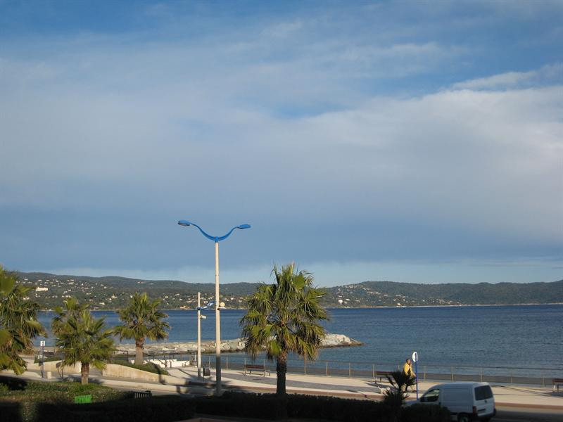 Vacation rental apartment Cavalaire sur mer 800€ - Picture 1