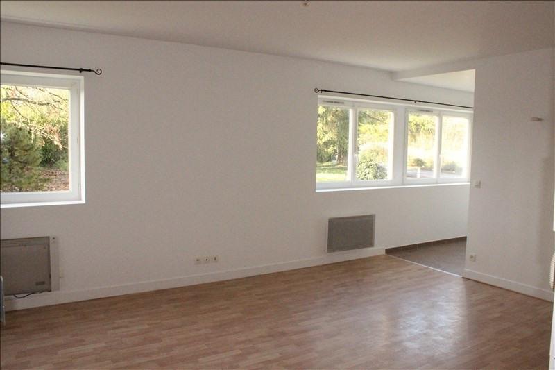 Rental apartment La ferte gaucher 560€ CC - Picture 2