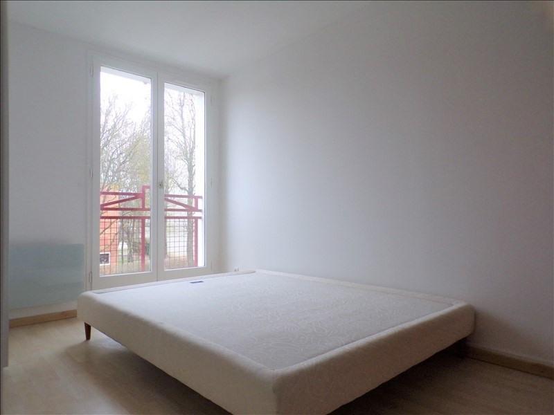 Location maison / villa Montigny le bretonneux 1540€ CC - Photo 9