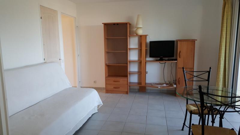 Location appartement Saint-raphaël 548€ CC - Photo 7