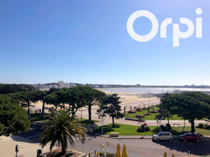 Sale apartment Royan 433 675€ - Picture 1