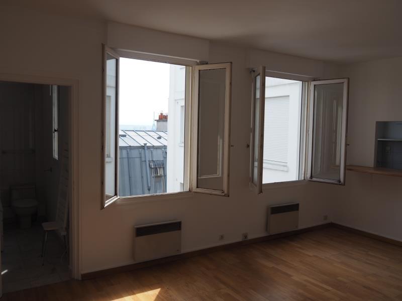 Location appartement Paris 18ème 950€ CC - Photo 3